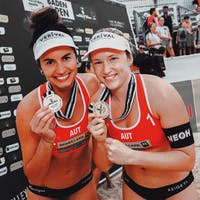 NEOH athletes Katharina Schützenhöfer and Lena Plesiutschnig / Beachvolleyball 🏐