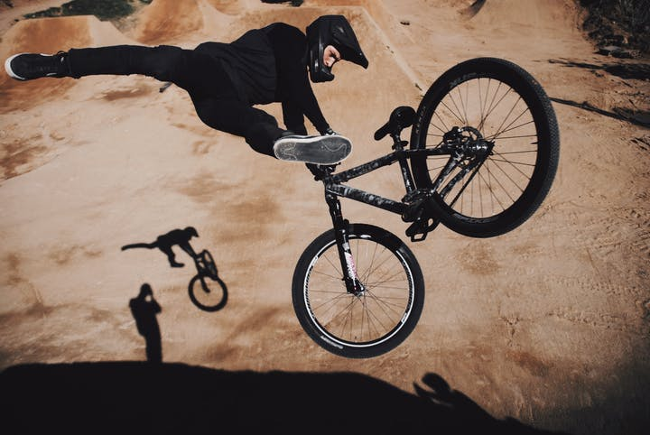 NEOH Athlet Daniel Ruso / Freestyle Mountainbike